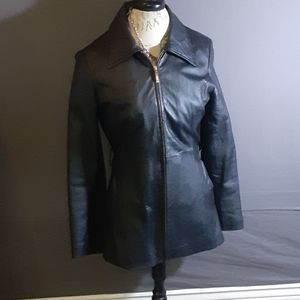 Size S Oscar Piel black leather zip front jacket.